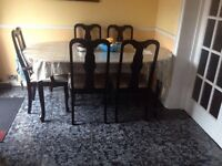 Dining table with 6 chairs in very good condition for sale