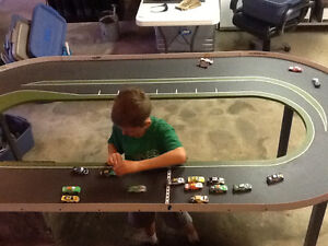 Children's race car play table