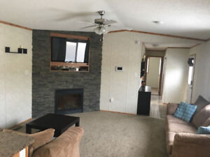 5 Year Old Creekside Home for Rent!