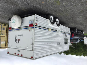 20 ft Camping Trailer  coyote $9.500