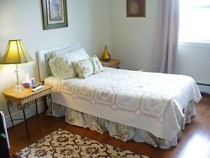 Lovely Large Room, in Beautiful Private Home, Avail. Dec. 01