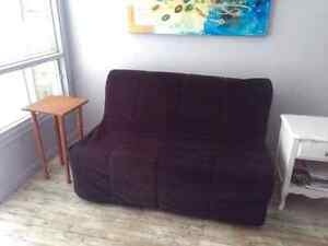 Futon meubles dans granby petites annonces class es de for Kijiji granby meuble