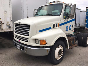 2000 Sterling Tractor 2 axle
