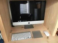 IMac 21.5 mid 2010 with Magic Mouse and Trackpad