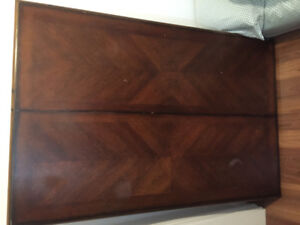 Beautiful solid wood table with 6 chairs