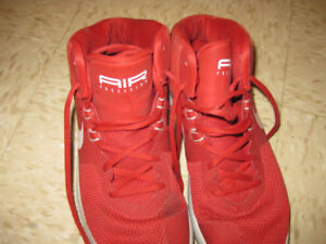 NIKE AIR PRECISION BLOODY RED