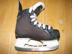 Size 9 Jr kids skates