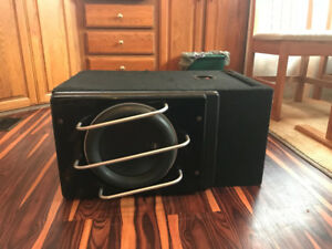 "JL W7 12"" SUBWOOFER LIKE NEW"