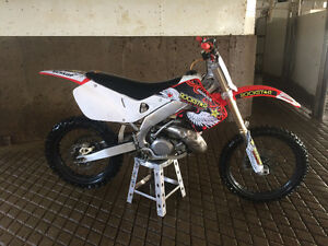 Looking to sell my 1999 Cr 250R or trade