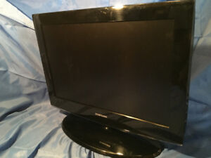 "Samsung LN22A450 22"" LCD TV Fair Condition"