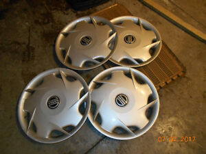set of 4 wheel covers for volvo s70