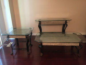 Distressed painted furniture a good looking and easy to make - Buy Or Sell Coffee Tables In Toronto Gta Furniture