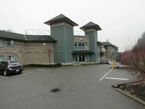 Abbotsford 1bd+  investment condo in great building and area