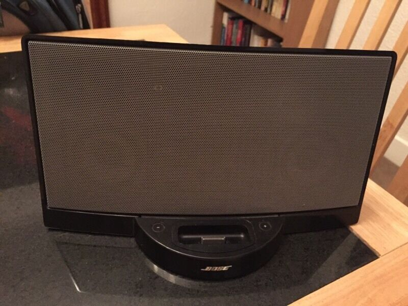bose docking station in northfield west midlands gumtree. Black Bedroom Furniture Sets. Home Design Ideas
