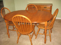Maple Dining Suite, 7 Pce., Immaculate