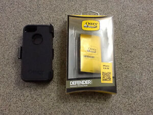 IPhone 5 & 5S Otter Box Defender Cornwall Ontario image 1