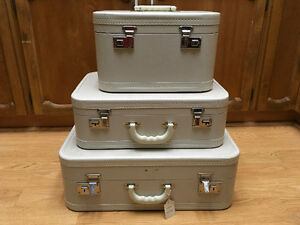 3 Piece Vintage Luggage Set
