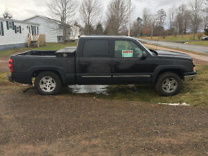 2006 Chevrolet Silverado 1500 4 door Pickup Truck