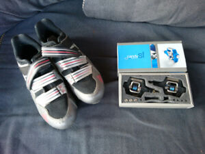 Mens Size 10 Adidas Mountain Bike Cleats & Crankbrothers Clips