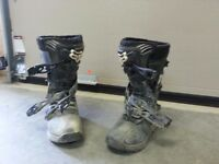 Fox Racing Comp 3 Youth (size 6) MX boots