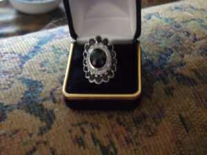 BLACK SAPPHIRE AND BLACK SPINEL RING