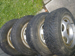 P185  65 R14  Goodyear nordic winter tires for sale used