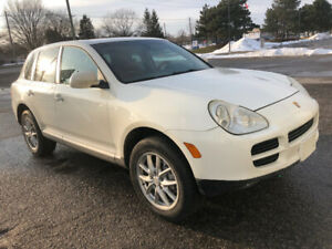 Porsche Cayenne 2004 clean strong and fast mechanically body coo