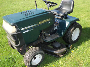 "Sears Craftsman 1990s 46"" cut garden tractor"