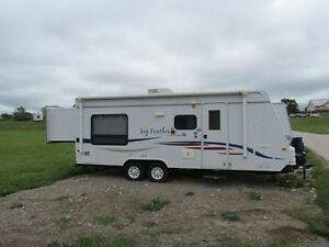 Jayco Jayfeather 24ft- 28 with slide -towed less than 10 times