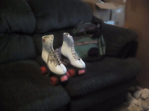 Roller skates size 9 or 10 womens