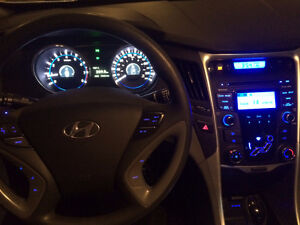 2013 Hyundai Sonata GL Sedan Only 79K- Still Under Warranty