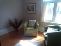 Intimate and calming small coaching and meeting room rentable hr
