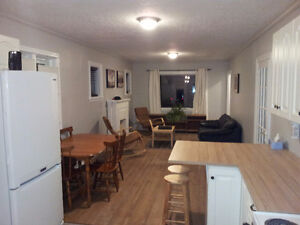 Downtown Rental - Perfect for Students Peterborough Peterborough Area image 2