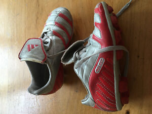 Adidas, Unisex kids soccer cleats, size 12