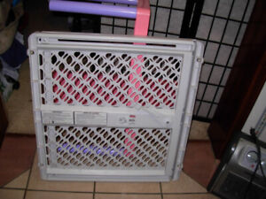 Used simple Baby Safety Gate in great condition