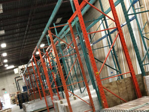 Used Warehouse pallet racking and wire mesh for sale