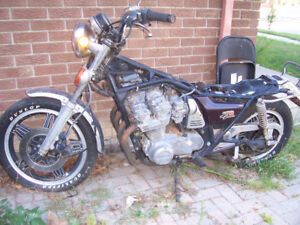 1980 honda 750 custom  as is for parts or fix$600.00