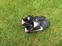 pink size 6 Nike cleats