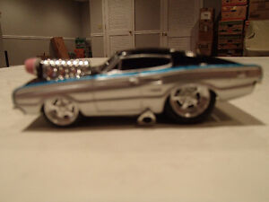 LOOSE MUSCLE MACHINES BLOWN 1966 DODGE CHARGER  1:64 Sarnia Sarnia Area image 2