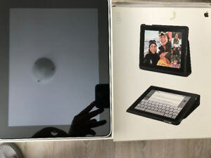 iPad 1st gen 32GB with case and camera kit in perfect condition