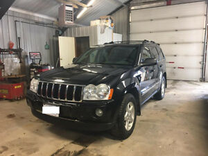 2006 Jeep Grand Cherokee Limited 5.7L SUV, Crossover