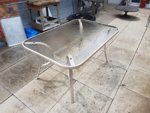 Outdoor Glass Table 3' x 4.5'