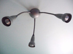 CEILING SILVER LAMP - BULBS INCLUDED