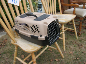SMALL ANIMAL CARRIER... $15 CALL 519 729-5862