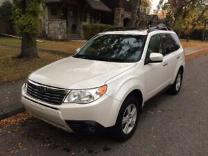2010 Subaru Forester 2.5X, Touring Package