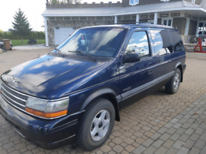 Plymouth Voyageur 1994