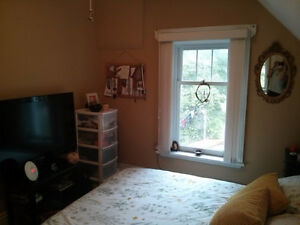 3 rooms for rent. 6-12 months. Heritage home on Otonabee river. Peterborough Peterborough Area image 5
