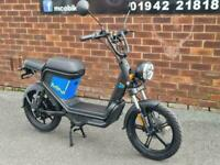 Keeway e-Zi Mini Electric Scooter 50cc Automatic 2021