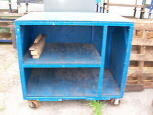 ROLLING TOOL CABINET 52x34x46