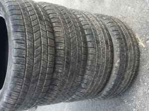 Pick up  tires